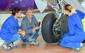 students learning about aviation maintenance